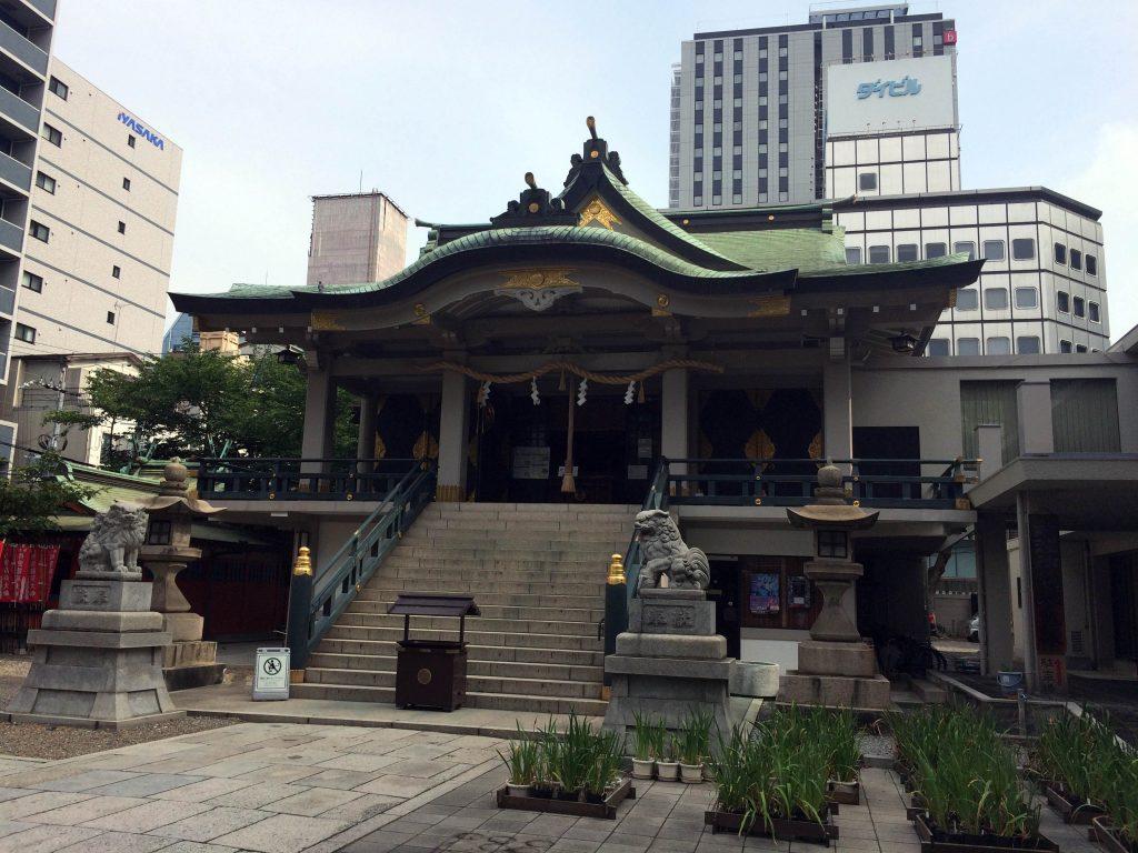 難波神社で石祭り初日