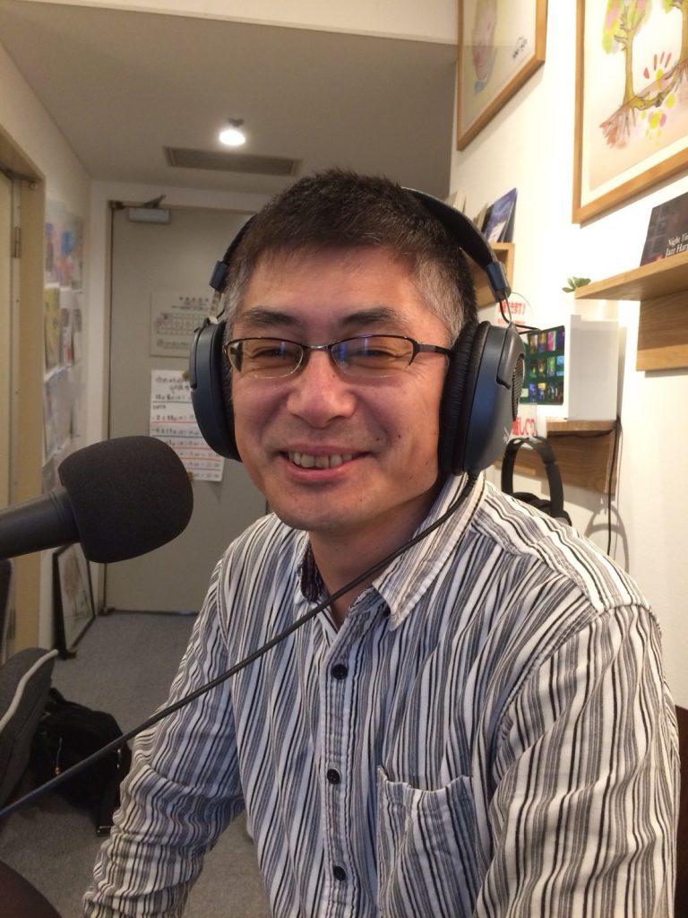 ラジオ放送中の照れるbibipapa